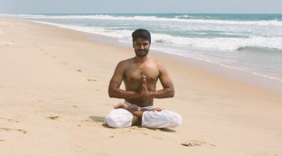 yoga32-400x222